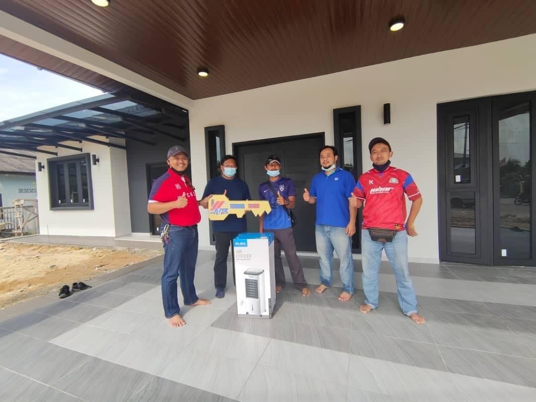 Projek Bina Rumah Di Pekan Nenas Johor