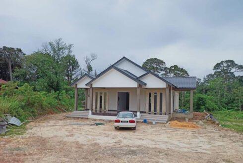 Projek Bina Rumah Di Kg Maju Jaya Pekan Nenas