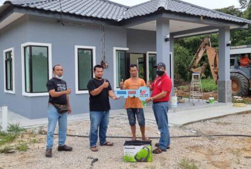 Projek Bina Rumah di Kg Maju Jaya Seelong