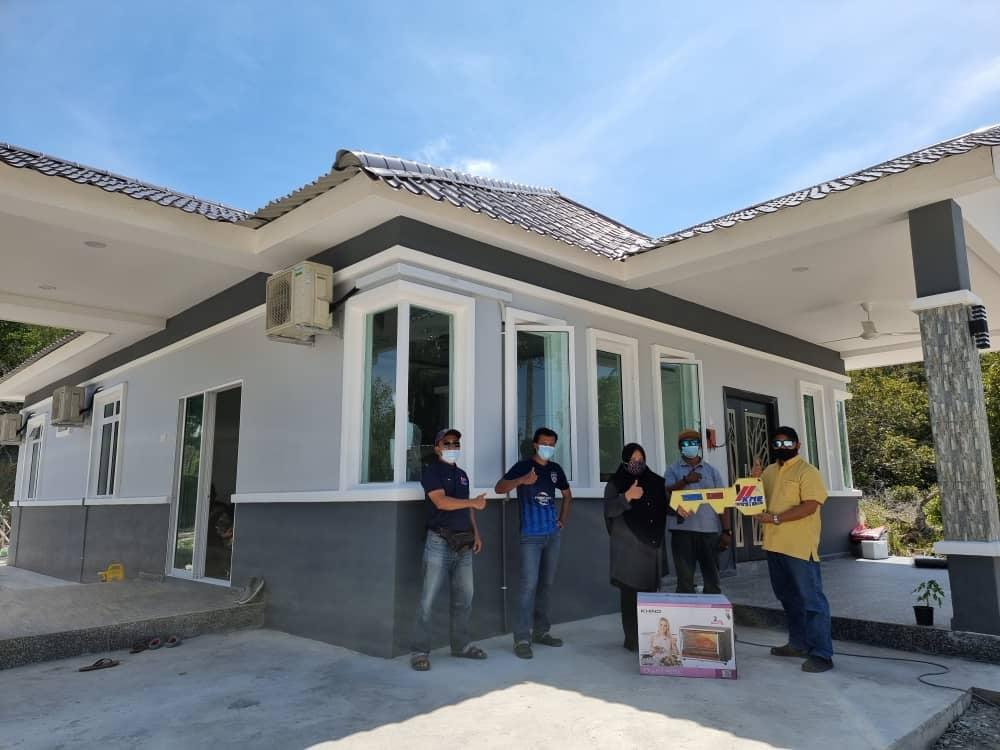 Projek Bina Rumah Di Teluk Sari Penyabong Mersing